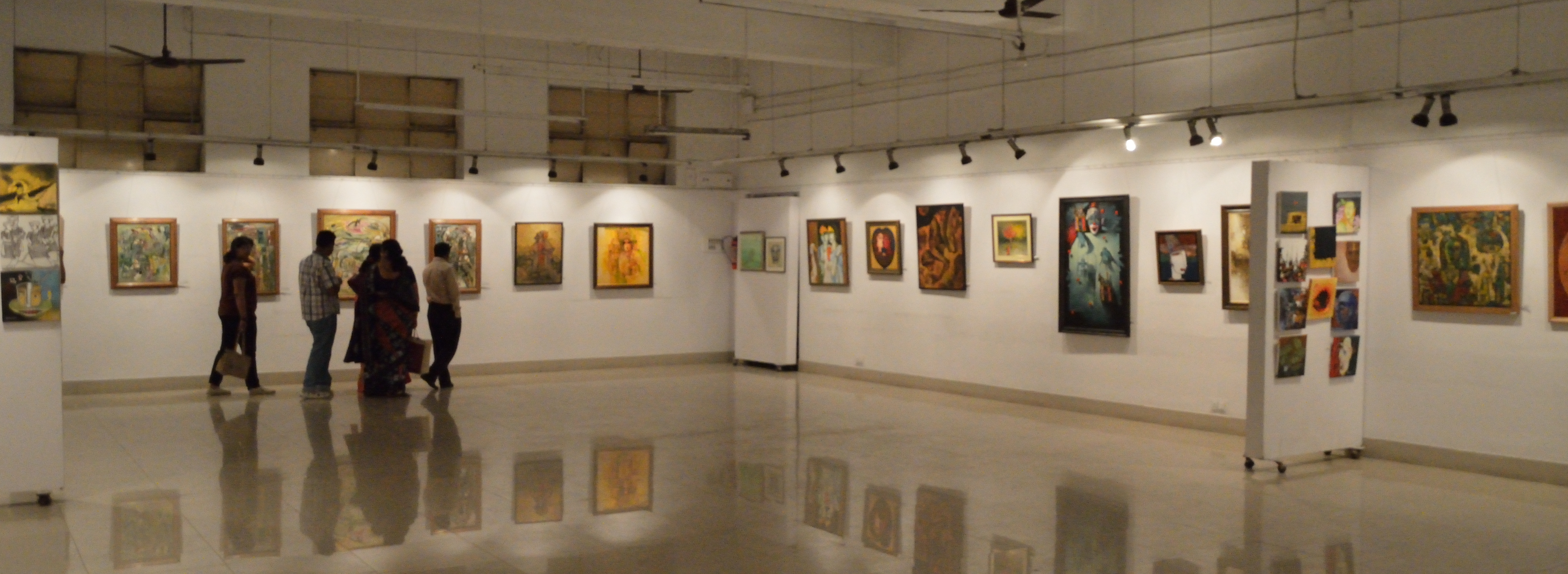 Artists_Circle_-_Painting_Exhibition_-_Academy_of_Fine_Arts_-_Kolkata_2013-02-08_4570